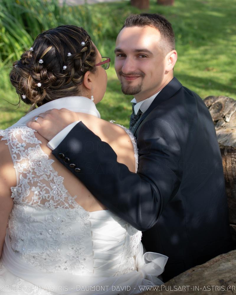 Photo mariage dans cabine téléphonique anglaise
