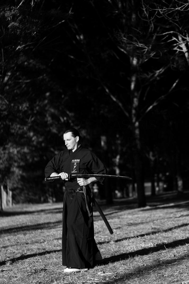 homme et son sabre