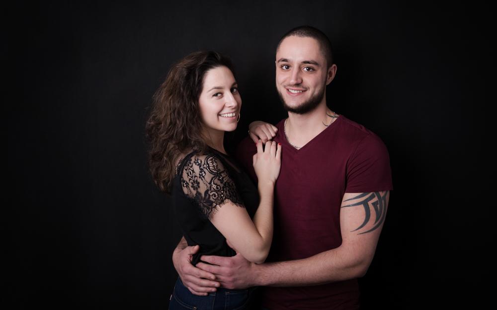 couple amoureux en studio