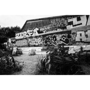 lieu avec graffiti squat