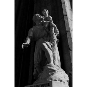 statue dans cathedrale